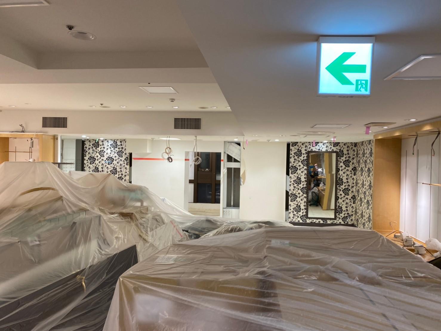 百貨店 内装解体工事のアイキャッチ